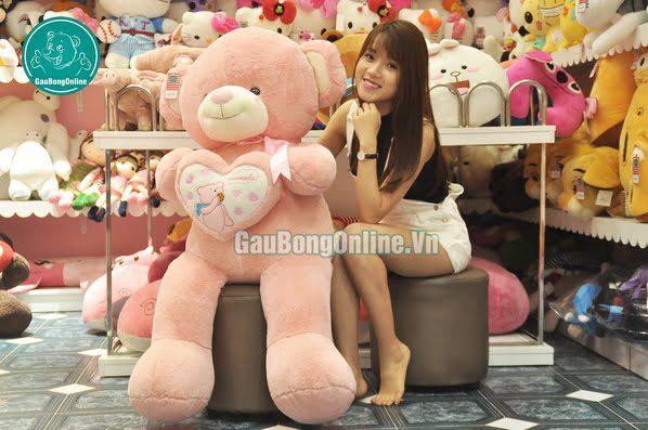 gấu bông teddy ôm tim khổng lồ