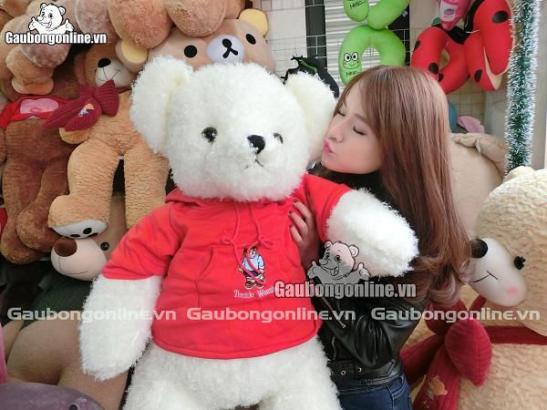 Teddy áo mũ đỏ với màu lông trắng muốt tinh khôi thật nhẹ nhàng