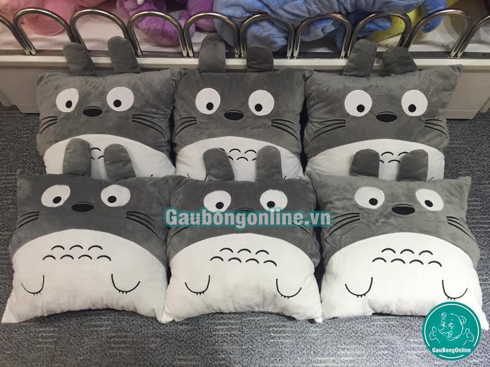 Bộ chăn gối Totoro cực hot, giá 265k