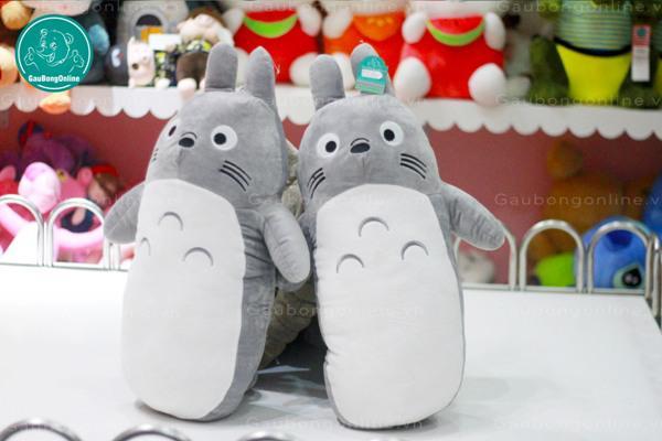 Totoro tại nhà Gấu đã xuất hiện một phiên bản mới cực ngộ: Gối ômmm