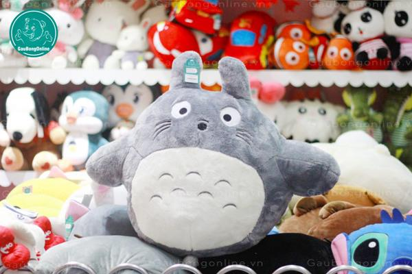 Totoro chính là em thú bông được săn lùng nhiều nhất trong năm nay đóo