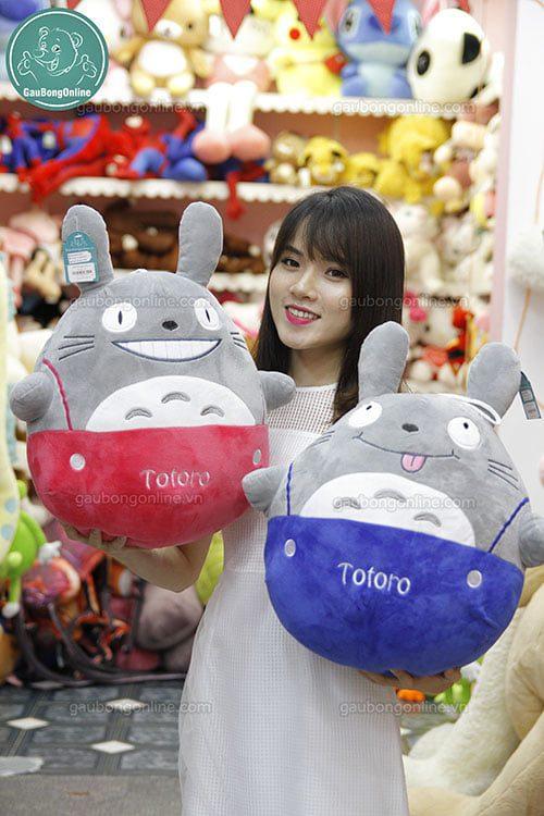 Totoro Yếm