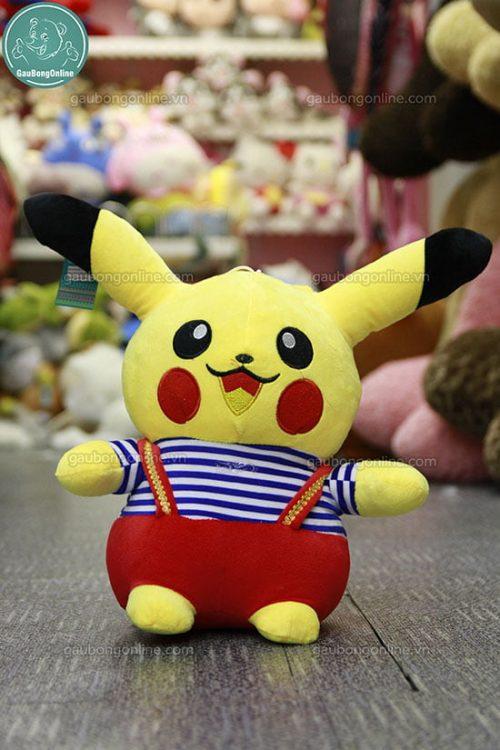 Pikachu áo 70cm, giá 295.000đ.