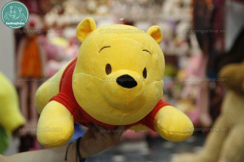 pooh nằm