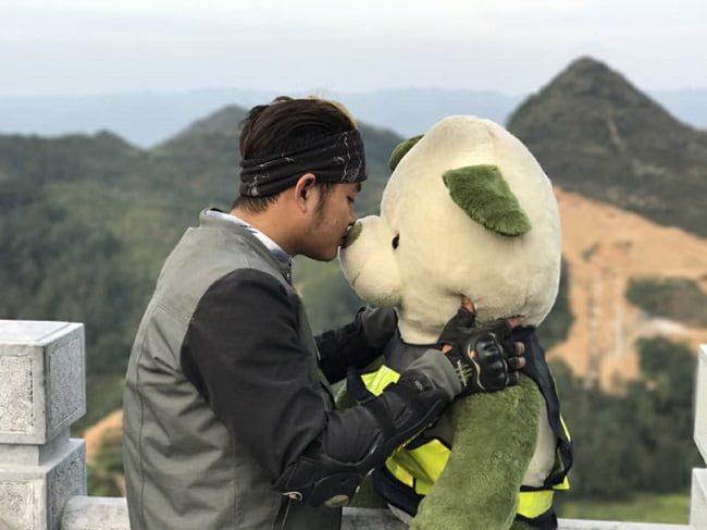 Gấu bông là người bạn thân thiết