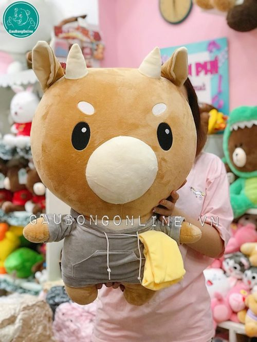 Bò chăm chỉ được chụp trực tiếp tại shop Gấu Bông Online