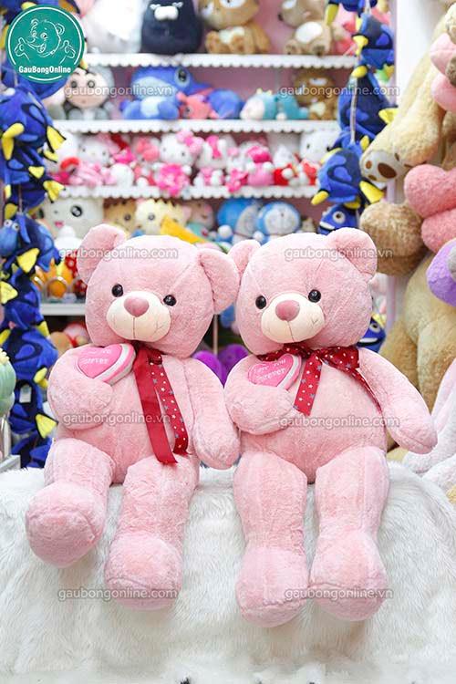 Gấu Bông Teddy Ôm Tim Hồng