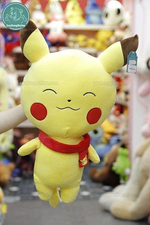 Pikachu khăn bông với đôi mắt híp là một lựa chọn không tồi