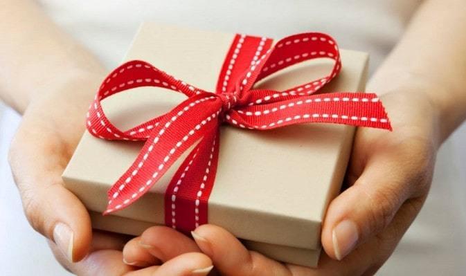 Cách tặng quà sinh nhật chị gái bất ngờ và ý nghĩa